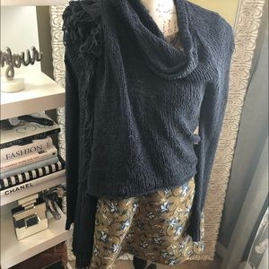 American eagle sweater wrap